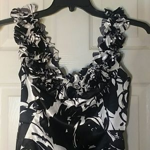 White House Black Market Floral Ruffle Formal Sz 2